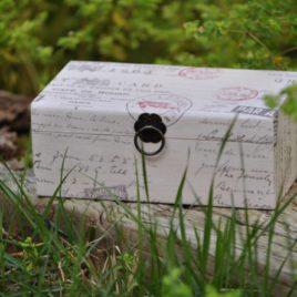 Caja con la técnica de decoupage - www.racocreatiu.com